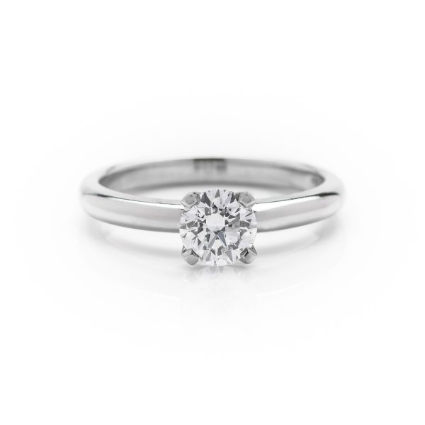 4 claw diamond solitaire engagement ring