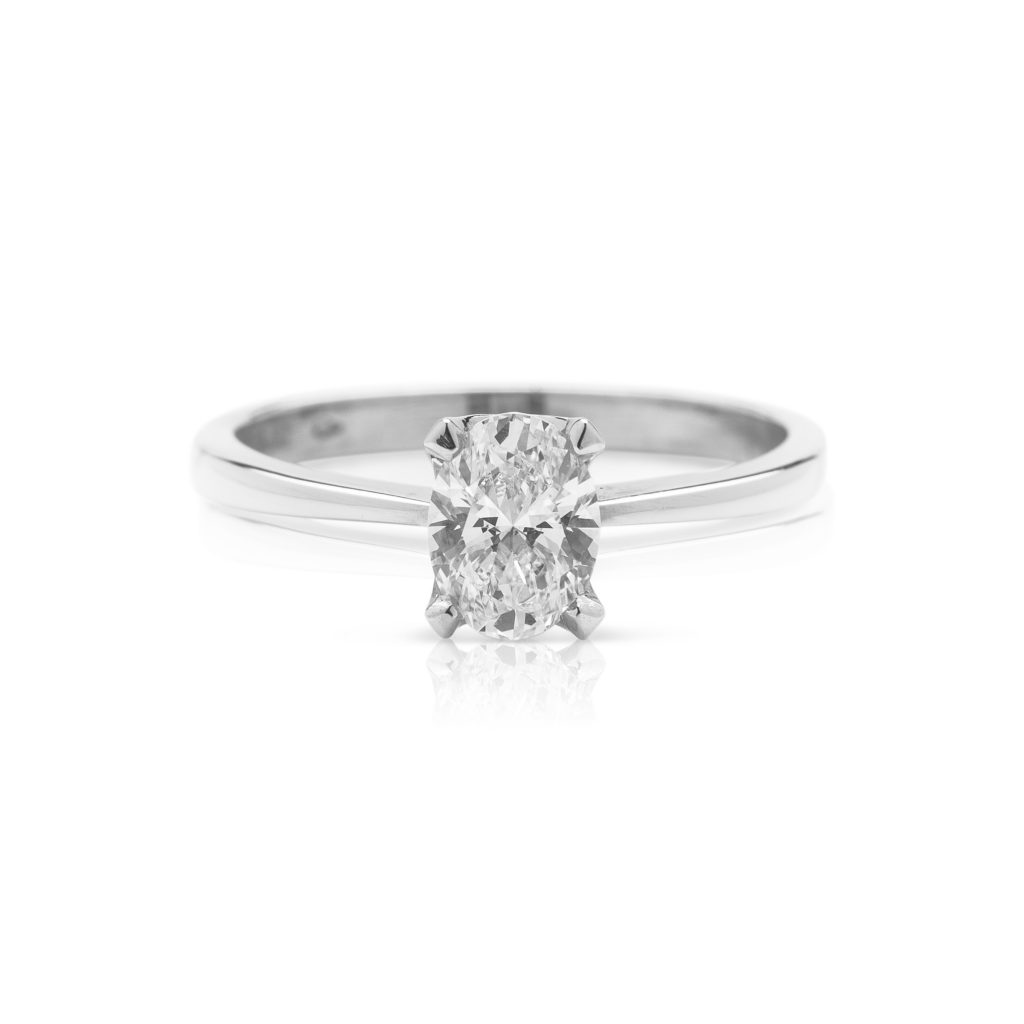 4 claw patinum oval diamond engagement ring1