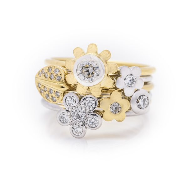18ct white and yellow gold flowers stack dress ring 3