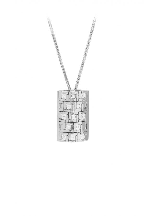 18ct white gold baguette and carrie cut diamond pendant. water style pendant