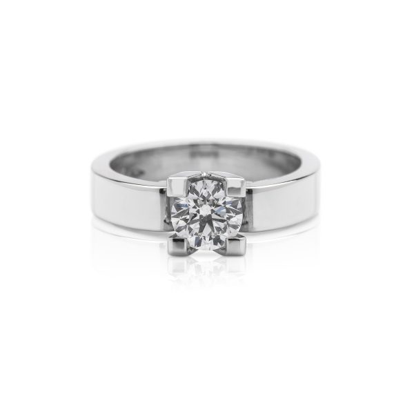 Modern platinum 4 claw diamond engagement ring from the life ring collection