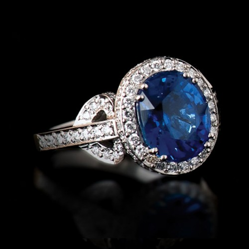 3.86 Carat Ceylon Sapphire and Diamond Cluster Ring
