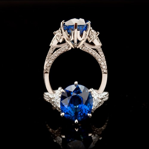 6.65 Carat Ceylon Sapphire and Diamond Dress Ring