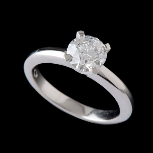 Carats Brilliant 4 Claw Solitaire Diamond Ring