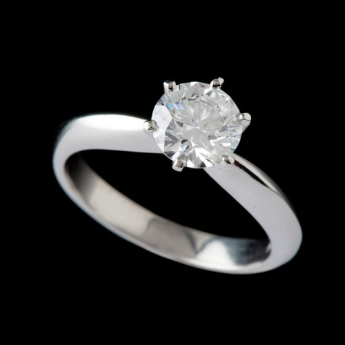 Carats Brilliant 6 Claw Solitaire Diamond Ring