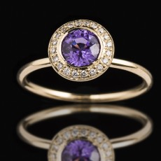 18ct Yellow Gold Large Round Purple Sapphire Diamond [18ct Yellow Gold Large Round Purple Sapphire Diamond  | M | Purple White]