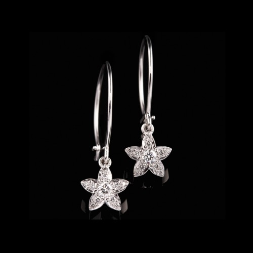 Pointy Diamond Flower Earrings []