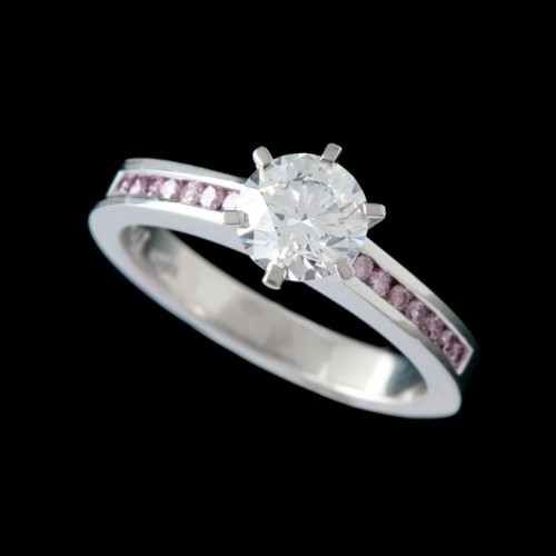 Solitaire Diamond Engagement Ring With Pink Diamonds On Shoulders