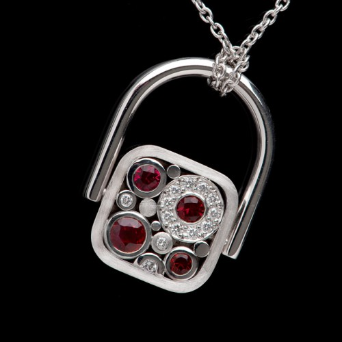 Transformable-Carbonated-Pendant-Red